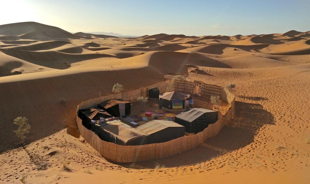 35_desert_camp