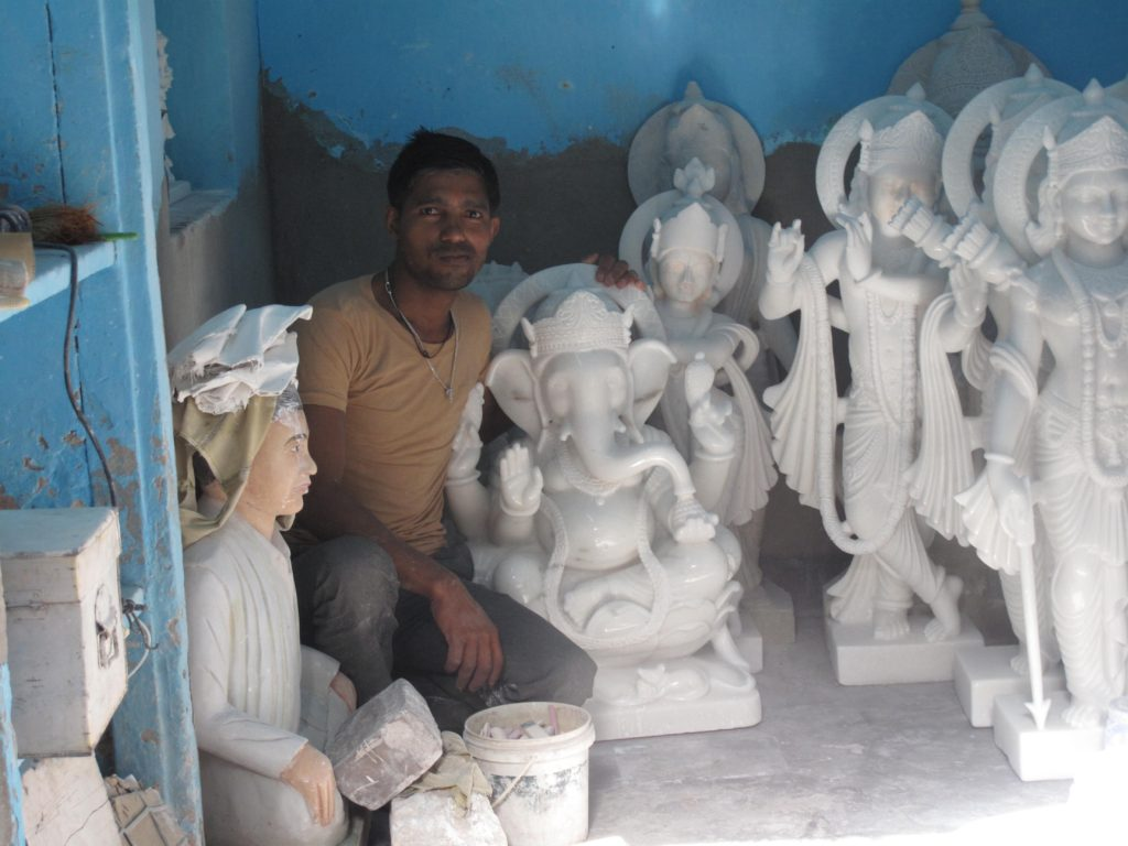 65_marble_statues