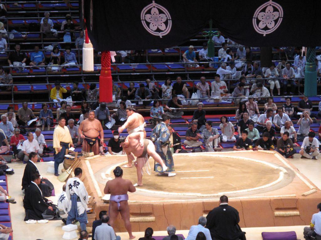 81_sumo_dance