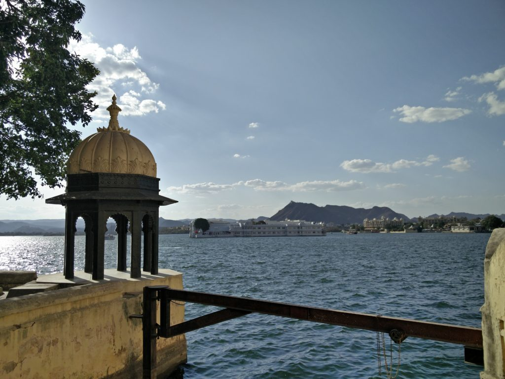 16_udaipur_water_palace