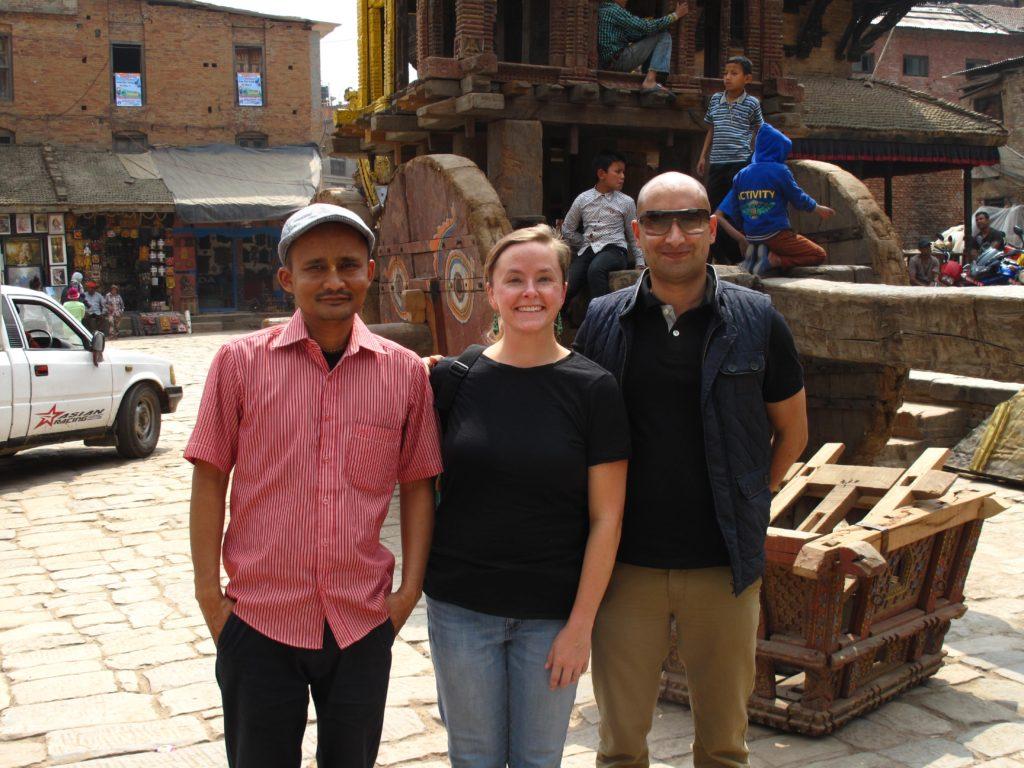 05_nepal_friends