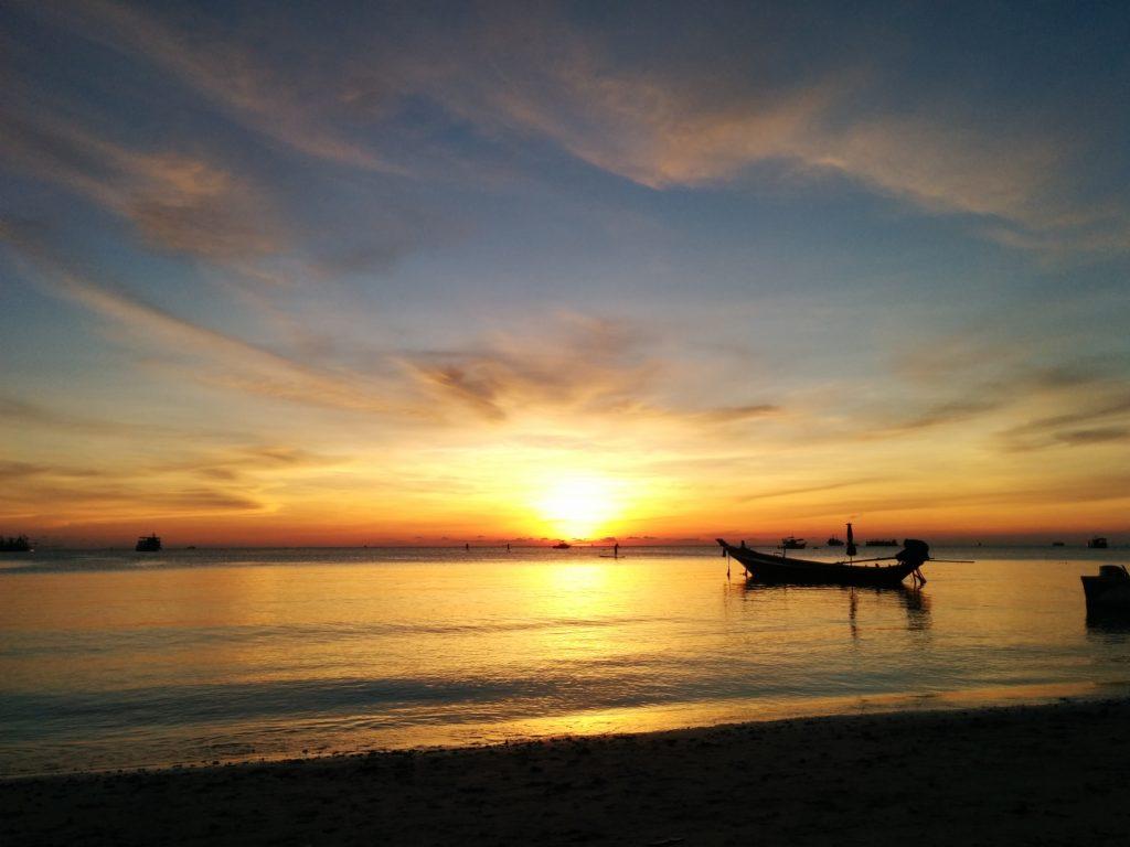 32_tao_sunset