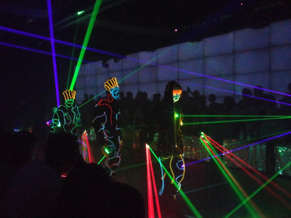 71_robot_laser
