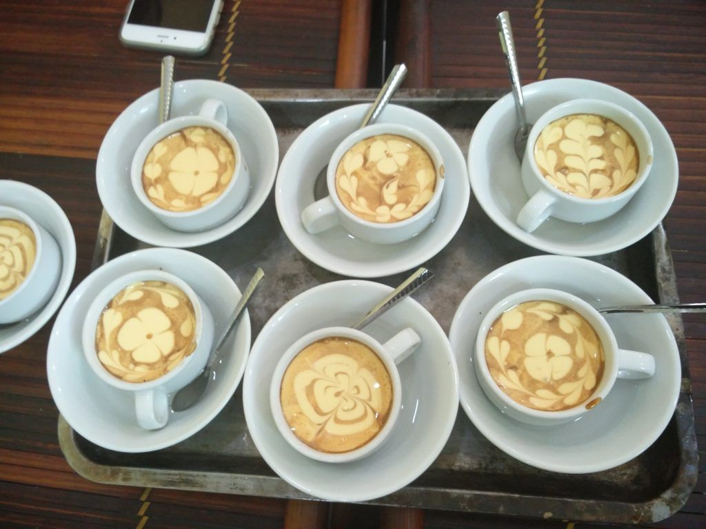 76_food_tour_egg_coffees